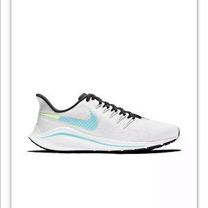 NEW- Nike Women's Air Zoom Vomero 14 Sneakers